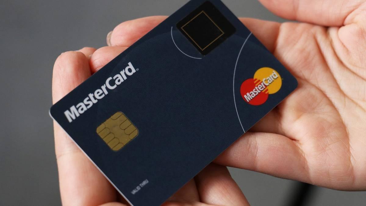 tarjeta credito con huella dactilar
