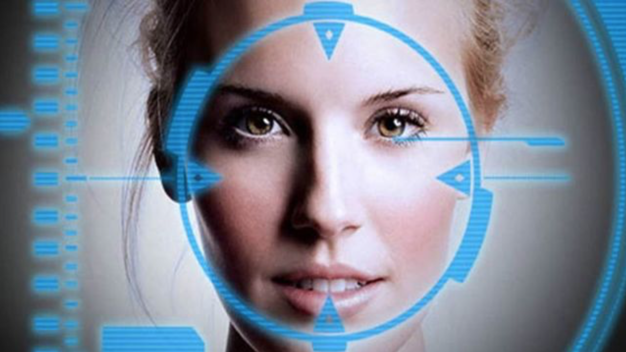 Cada vez más aeropuertos sustituyen el pasaporte por el reconocimiento facial